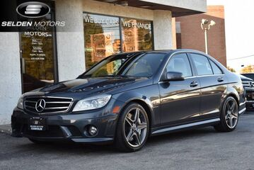 2011_Mercedes-Benz_C63_AMG_ Willow Grove PA
