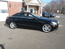 2011_Mercedes-Benz_E-Class_E 350_ East Windsor CT