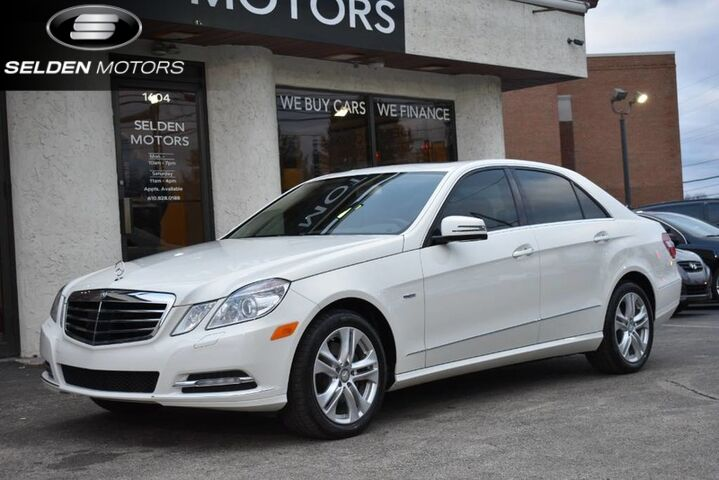 2011_Mercedes-Benz_E350_Luxury BlueTEC_ Conshohocken PA