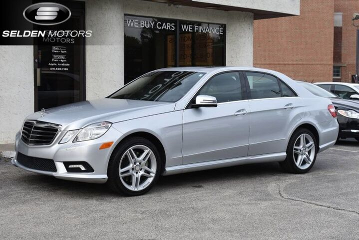 2011_Mercedes-Benz_E550_Sport 4Matic_ Conshohocken PA