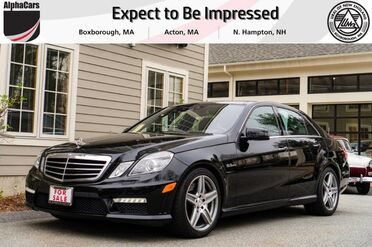 2011_Mercedes-Benz_E63_AMG_ Boxborough MA