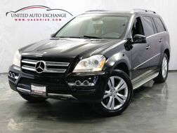 2011_Mercedes-Benz_GL-Class_GL 450 / 4.8L 8-Cyl Engine / AWD 4Matic / 3rd Row Seats / Sunroof / Navigation / Parking Aid with Rear View Camera / AIRMATIC Suspension / Chrome Roof Rails_ Addison IL