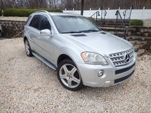 2011_Mercedes-Benz_M-Class_ML 550_ Pen Argyl PA