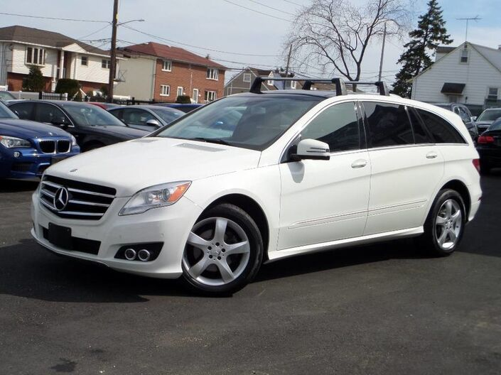 2011 Mercedes-Benz R350 4-Matic Navigation/ P2 Elmont NY