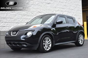 2011_Nissan_JUKE_SV_ Willow Grove PA