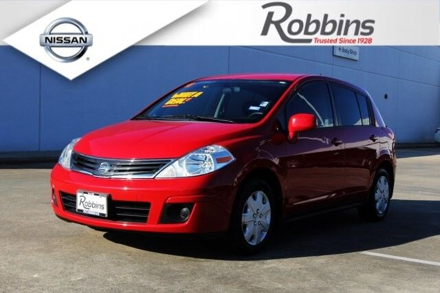 2011 Nissan Versa 1.8 SL Houston TX