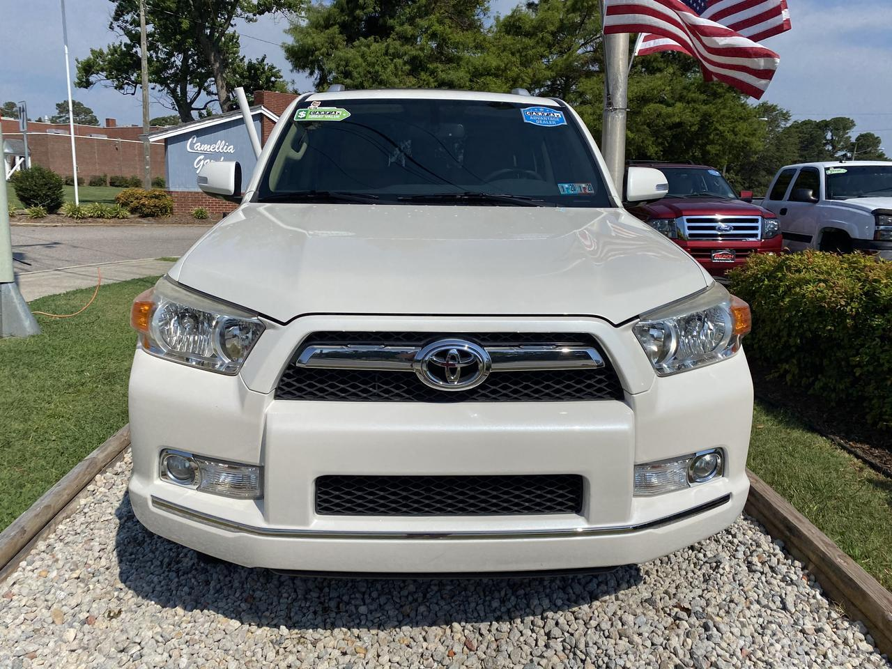 2011 TOYOTA 4RUNNER SR5 4X4, WARRANTY, SUNROOF, NAV, BLUETOOTH, BACKUP CAM, PARKING SENSORS, CLEAN CARFAX! Norfolk VA