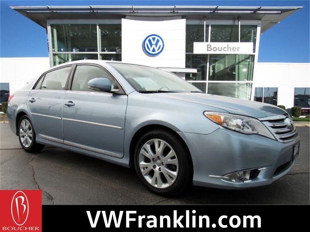 2011 Toyota Avalon Franklin WI