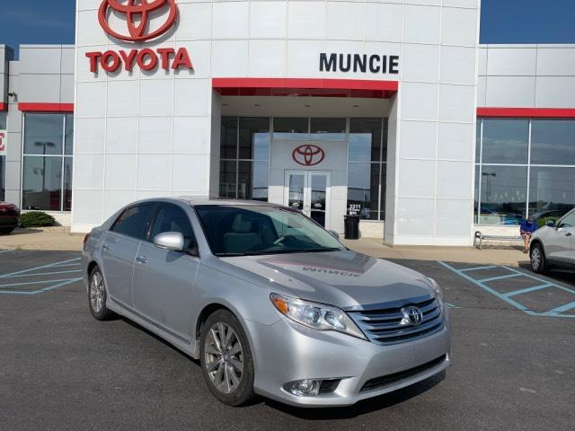 2011 Toyota Avalon 4dr Sdn Limited Muncie IN