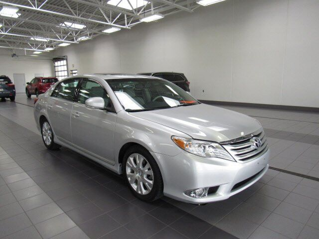 2011 Toyota Avalon Base Green Bay WI