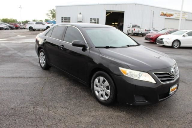 2011 Toyota Camry 4dr Sdn I4 Auto LE Fort Scott KS
