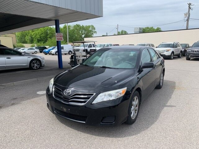 2011 Toyota Camry LE Cleveland OH
