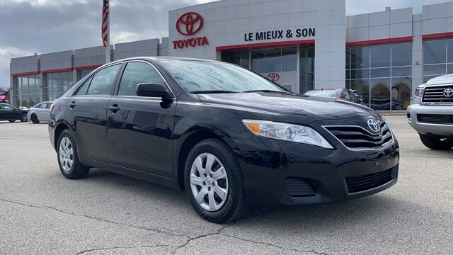 2011 Toyota Camry LE Green Bay WI