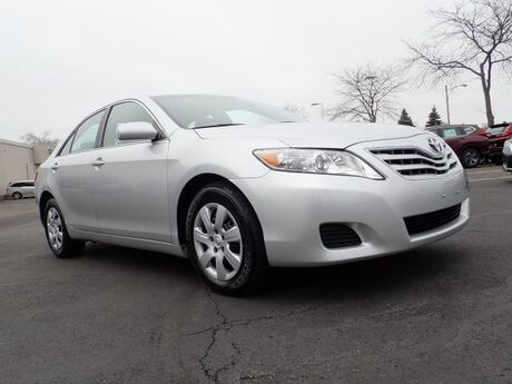 2011 Toyota Camry LE Libertyville IL