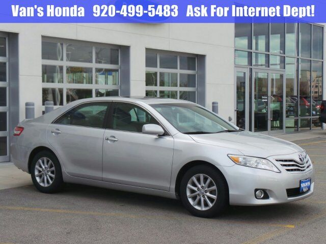 2011 Toyota Camry XLE Green Bay WI