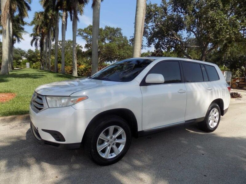 2011 Toyota Highlander Base Hollywood FL