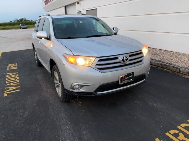 2011 Toyota Highlander Limited Plymouth WI
