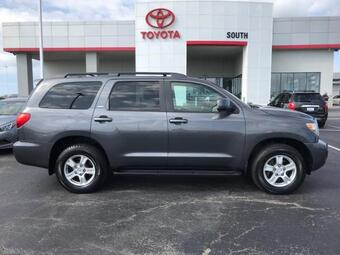 2011_Toyota_Sequoia_4WD LV8 6-Spd AT SR5_ Richmond KY