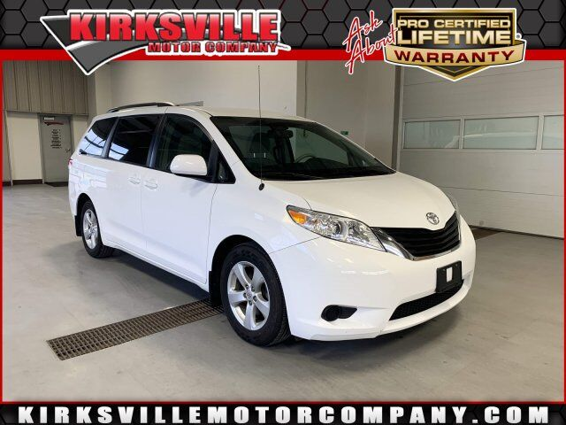 2011 Toyota Sienna 5dr 8-Pass Van V6 LE FWD
