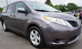 2011_Toyota_Sienna_Base_ Moore SC