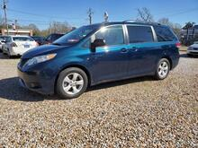 2011_Toyota_Sienna_LE 8-Pass V6_ Hattiesburg MS