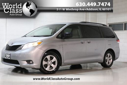 2011 Toyota Sienna LE AAS - LEATHER INTERIOR POWER PASSENGER DOORS BACKUP CAMERA SEATS SEVEN PEOPLE DUAL ZONE CLIMATE CONTROL REAR CLIMATE CONTROL Chicago IL