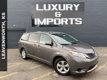 2011_Toyota_Sienna_LE_ Leavenworth KS