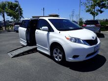 2011_Toyota_Sienna_LE Mobility Access 7-Pass V6_ Anaheim CA