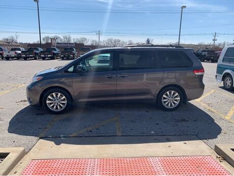 2011 Toyota Sienna Limited AWD 7-Pass V6 Jacksonville IL