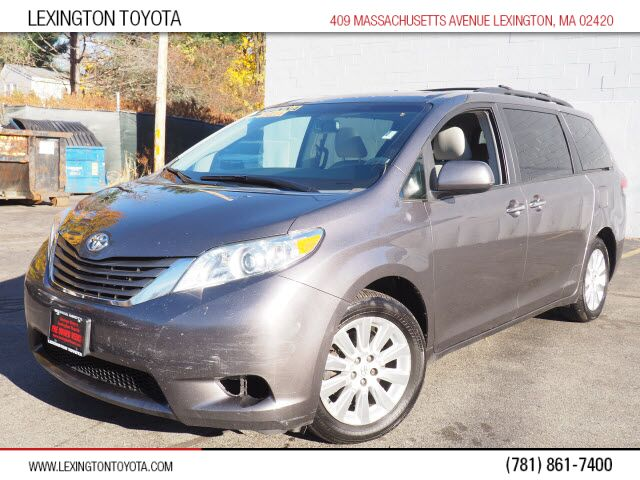2011 Toyota Sienna XLE 7-Passenger Lexington MA