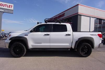 2011_Toyota_Tundra_SR5 TRD package_ Richmond KY