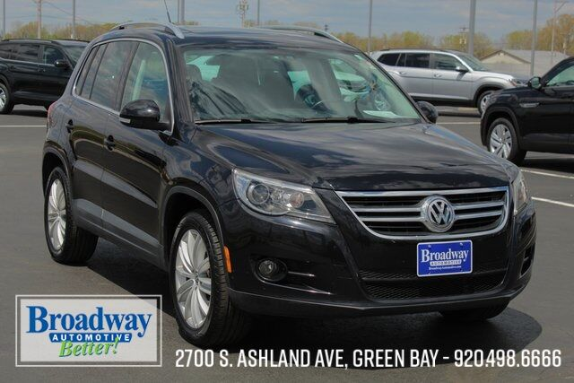 2011 Volkswagen Tiguan SEL 4Motion Green Bay WI
