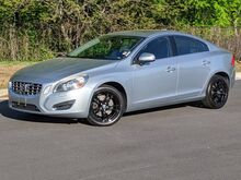 2011_Volvo_S60_T6_ Cary NC
