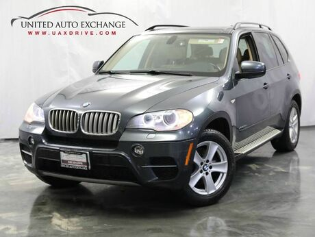 2012 BMW X5 35d / 3.0L 6-Cyl DIESEL Engine / AWD xDrive / Sunroof / Parking Aid with Rear View Camera / Navigation / Bluetooth Addison IL