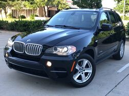 2012_BMW_X5 xDrive35d_AWD DIESEL PREMIUM PACKAGE NAVIGATION PANORAMA LEATHER SEATS HEATED SEATS REAR CAMERA WITH PARKING DISTANCE CONTROL COMFORT ACCESS ENTRY SYSTEM WITH KEYLESS START POWER LIFTGATE BLUETOOTH_ Addison TX