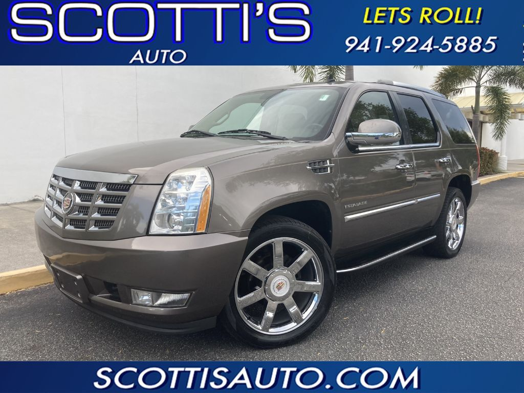 2012 Cadillac Escalade Luxury EDITION~ BEIGE LEATHER~ 3RD ROW SEAT~ NAVIGATION~ CAMERA~ VERY CLEAN~ CLEAN CARAFX~ FACTORY CHROME~ GREAT COLOR! ONLINE FINANCE AND SHIPPING AVAILABLE! ~NICE!! Sarasota FL