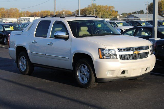 2012 Chevrolet Avalanche LTZ Green Bay WI