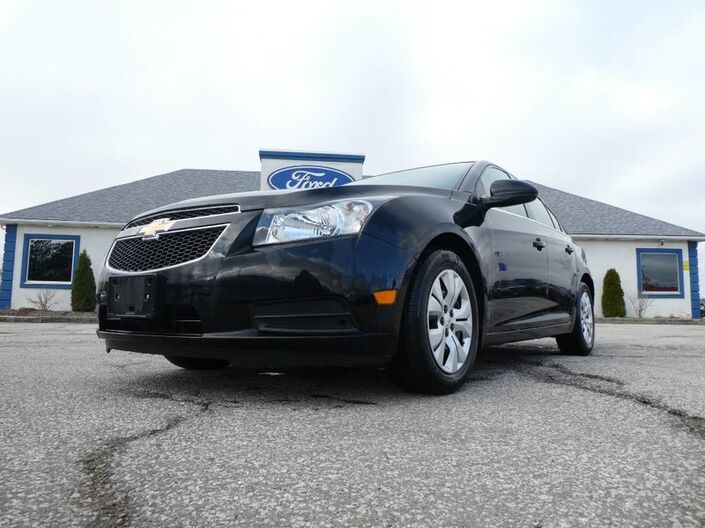 2012 Chevrolet Cruze LS- MANUAL- LOW KM- 36 DAY SAFTEY WARRENTY Essex ON