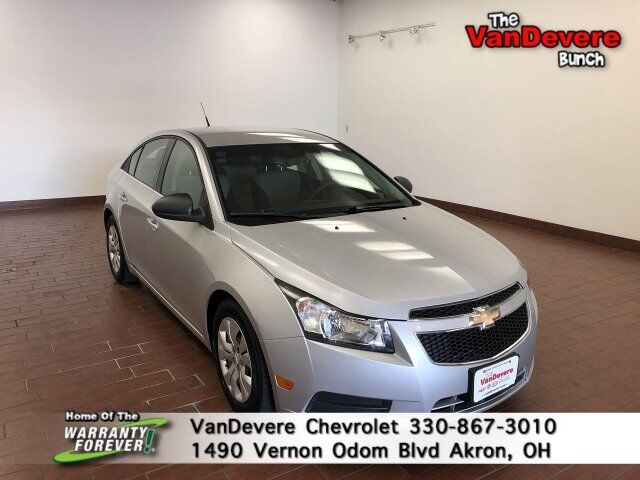 2012 Chevrolet Cruze LS Akron OH