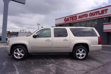 2012_Chevrolet_Suburban_LT w/Leather Sunroof Nav._ Richmond KY