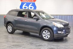 2012_Chevrolet_Traverse_3RD ROW!! SPORTY SUV! LOADED! PRICED AT A STEAL!!!! LOW MILES!!_ Norman OK