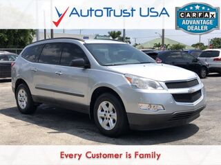 Chevrolet Traverse LS 3RD ROW BLUETOOTH LOW MILES 2012