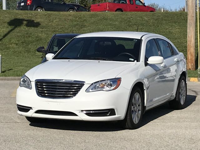 2012 Chrysler 200 LX Fairview Heights IL