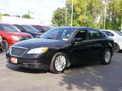 2012_Chrysler_200_LX_ Inver Grove Heights MN
