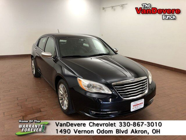 2012 Chrysler 200 Limited Akron OH