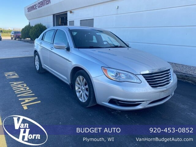 2012 Chrysler 200 Touring Plymouth WI