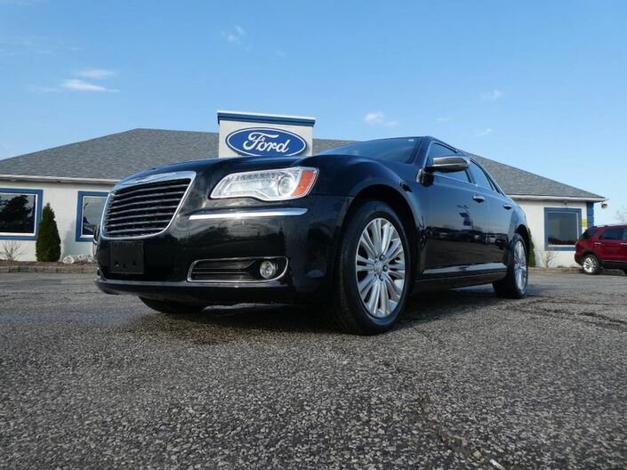2012 Chrysler 300 300C- HEMI- SUNROOF- NAVIGATION- LOADED- AWD Essex ON