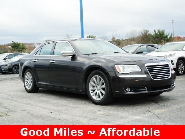 2012 Chrysler 300 4dr Sdn V6 Limited RWD Cranberry Twp PA