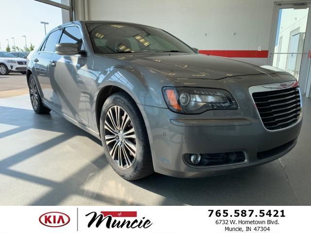 2012 Chrysler 300 4dr Sdn V8 300S AWD Muncie IN