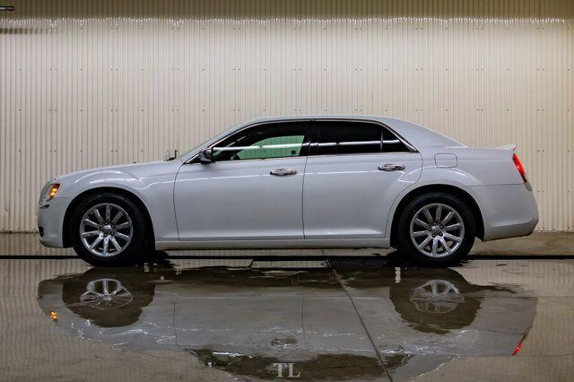 2012 Chrysler 300 Limited Leather Roof Nav BCam Red Deer AB